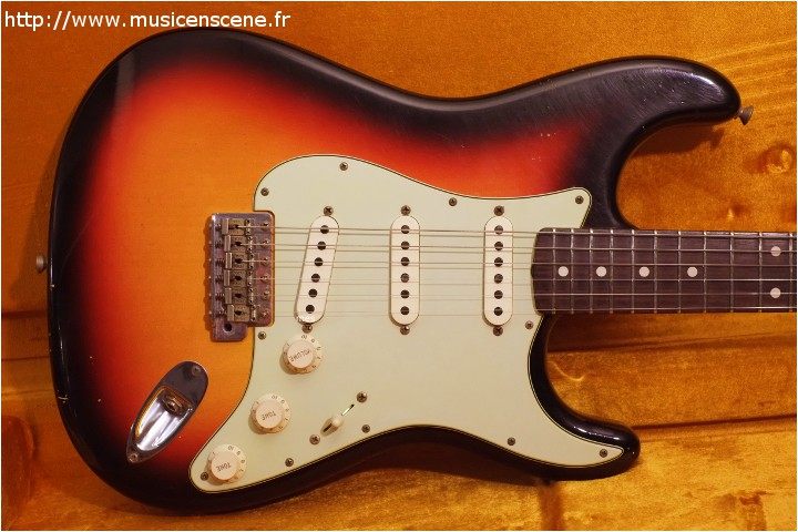 FENDER Custom Shop '62 Strat Relic 3 TS (VENDUE)