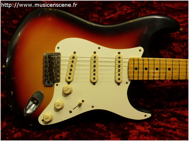 FENDER Custom Shop 1958 Relic Stratocaster (VENDUE)