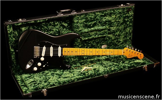 FENDER CS David Gilmour Signature Vendue