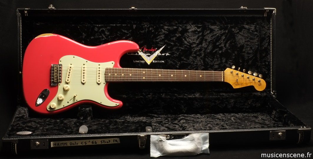 FENDER CS LTD 1964 Relic Stratocaster Fiesta Red NAMM (VENDUE)