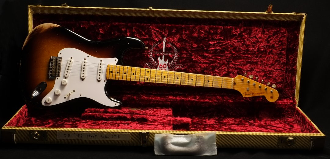 FENDER CS 1954 Stratocaster 60th Ann. Heavy Relic Vendue